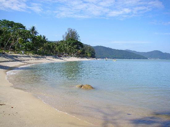 batu-ferrenghi-beach
